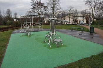 Square Clamart, activités sportives